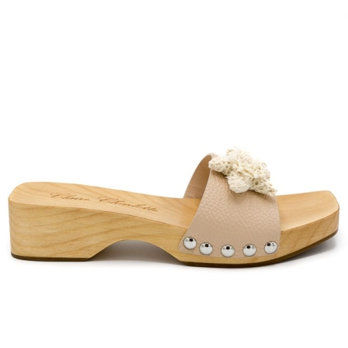 pink womens clogs