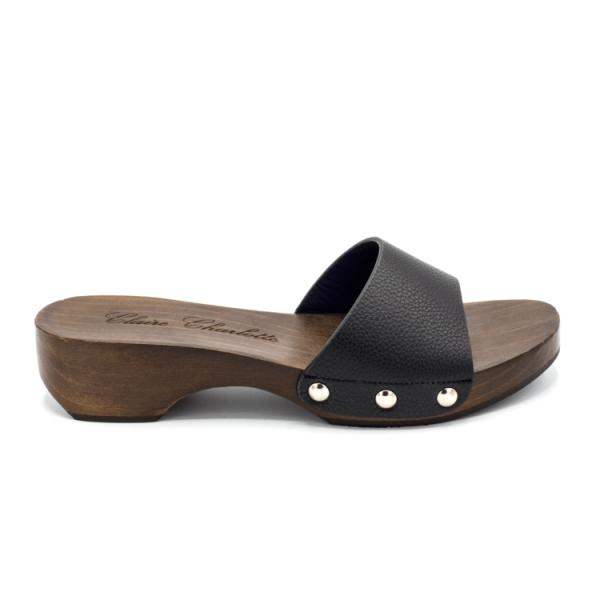 mule-clogs-aroa-black